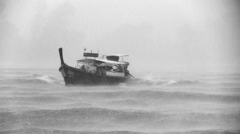 pexels-boat in storm