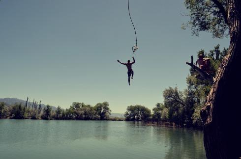 jump-1209647_1920
